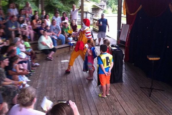 Ronald-McDonald-Show-at-the-Youth-Museum-during-the-Kids-Classic-Festival